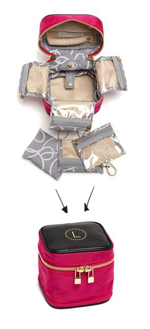 Great jewelry case - conveniently folds up into a nice little cube! rstyle.me/.....