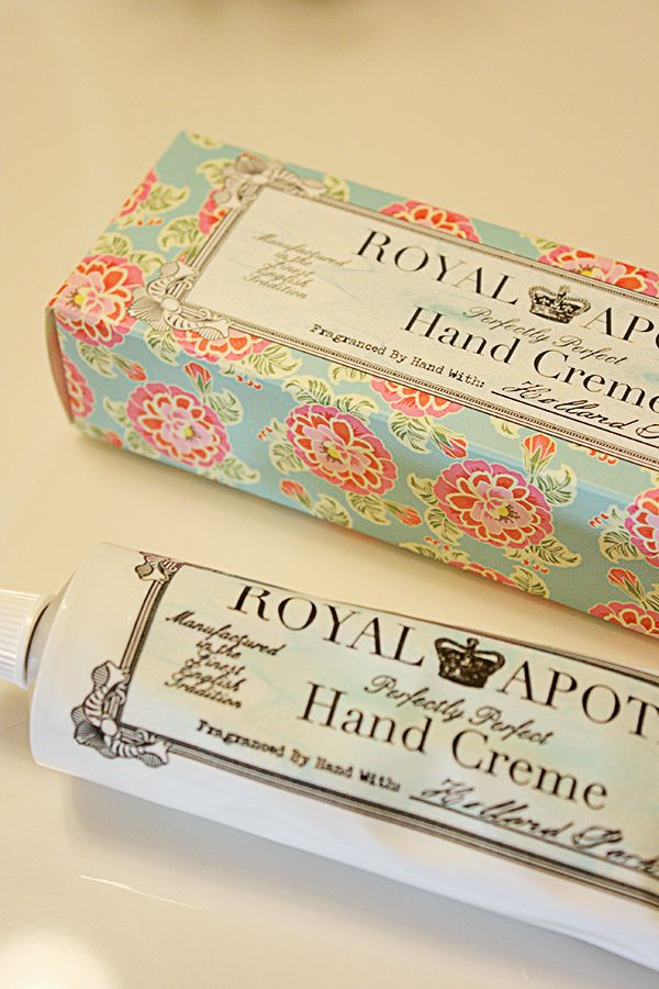 Love this vintage style packaging!