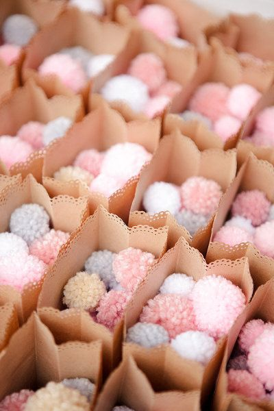 pom-pom wedding confetti