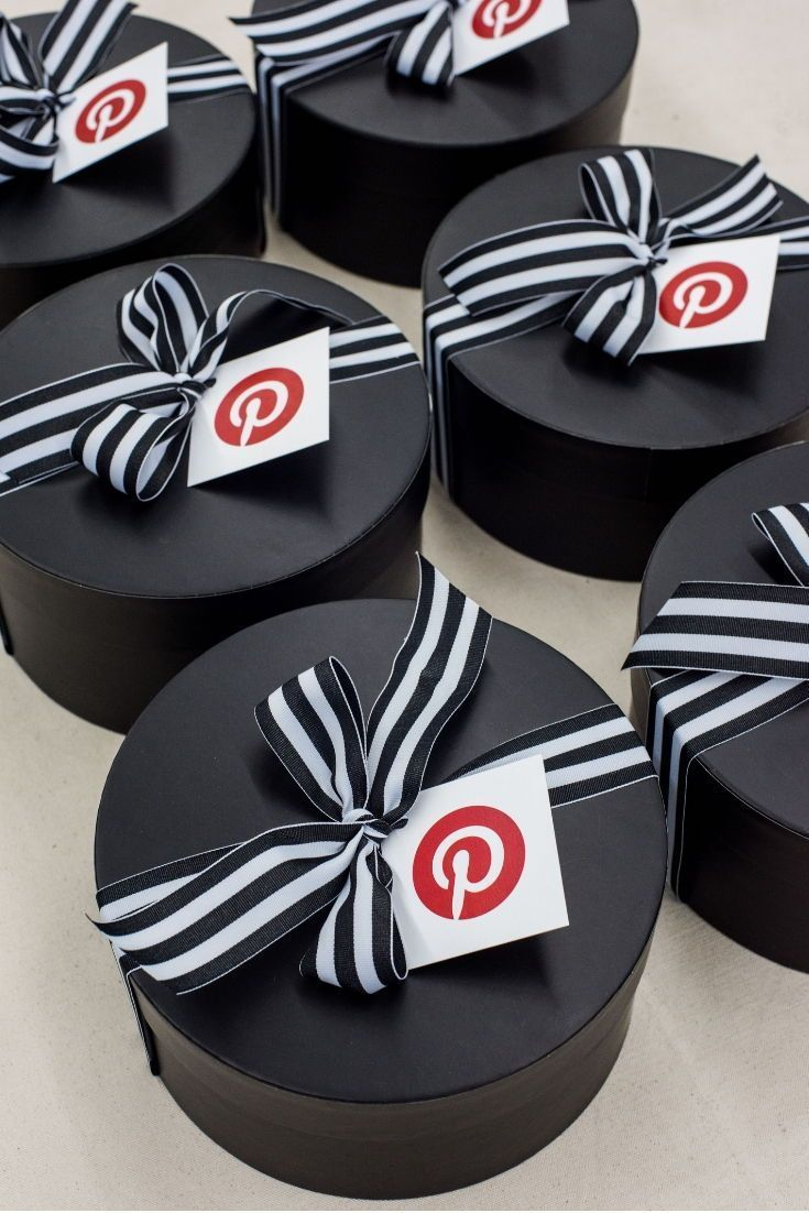 CLIENT GIFTS// Black and red Pinterest inspired client appreciation gift hat box...