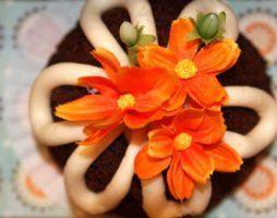 Chocolate Bundt Cake with darling printable {teacher appreciation gift idea}