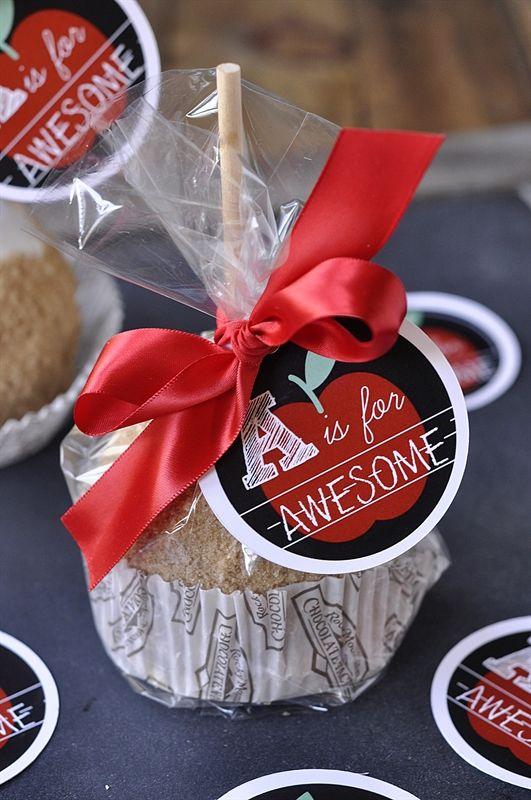 Caramel Apple Teacher Appreciation Gift Idea #teacher #appreciation #gift skipto...