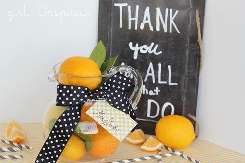 Lemonade teacher gift idea | Skip To My Lou #teacher #gift #idea