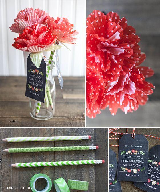 DIY washi tape pen and paper flower bouquet. A simple a cute teacher appreciatio...