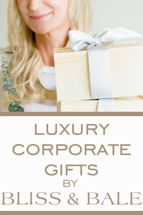 Give your clients luxury corporate gifts this holiday season. #clientgiftboxes #...