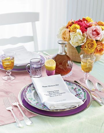 Table setting ideas for your Mother's Day celebration
