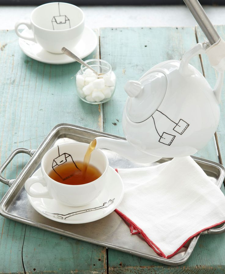 This witty Trompe L'oeil Teapot let's you illustrate all over the cerami...