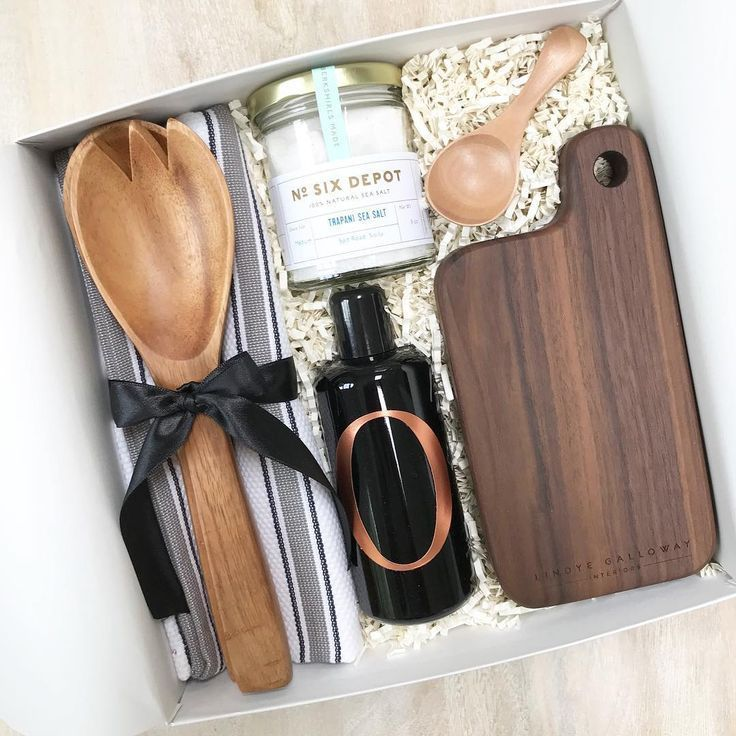 Teak & Twine specializes in custom client and corporate gifts! This gift was des...