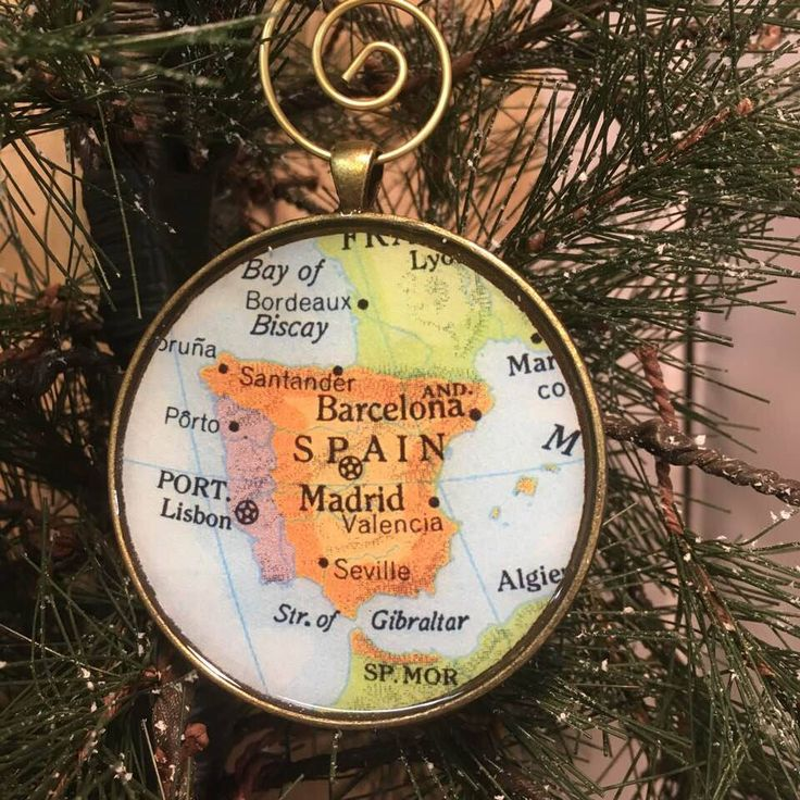 Excited to share this item from my #etsy shop: Spain Map Christmas Ornament, Kee...