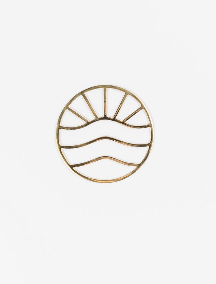 This simple linework trivet was inspired by an ocean sunset and will fill your k...