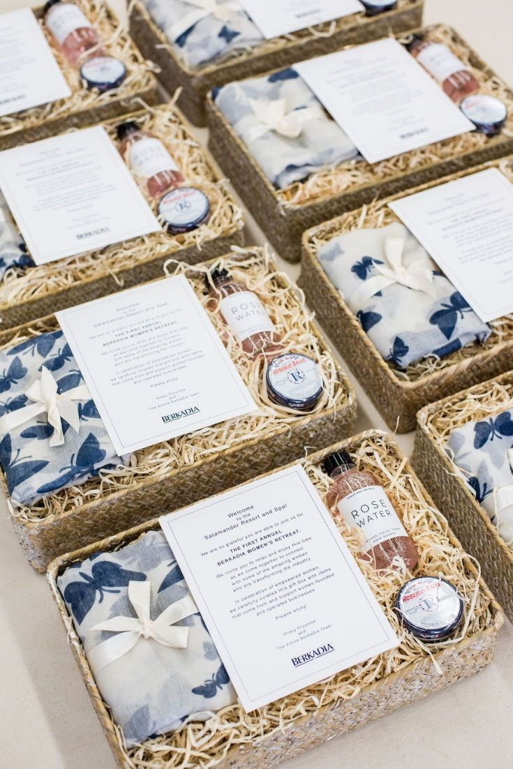 CORPORATE EVENT GIFTS// Navy and pink women's company retreat gift boxes filled ...