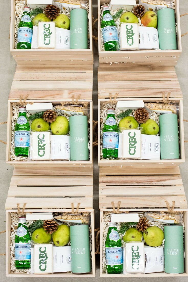 Best Corporate Gifts Ideas     HOLIDAY CLIENT GIFT BOX// Health and wellness ins...