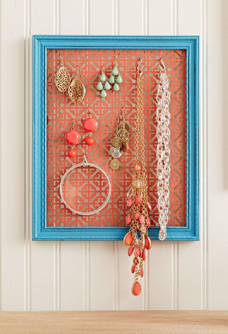 Make this adorable (and affordable) jewelry holder. A decorative metal screen do...