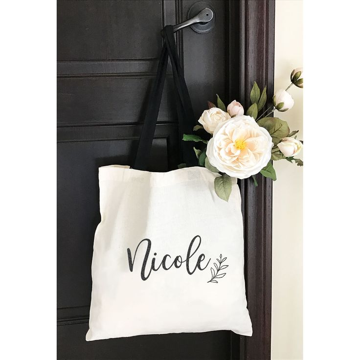 Bridesmaids Gifts Idea - A must-have gift for your leading ladies.  Personalized...