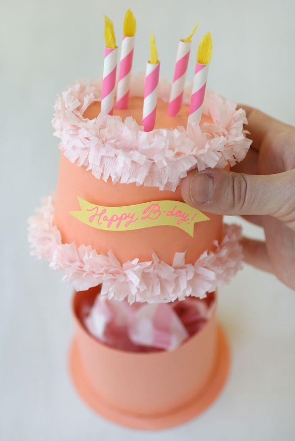 Caja pastel de cumpleaños en papel   para regalar lo que quieras, preciosa. #Ma...