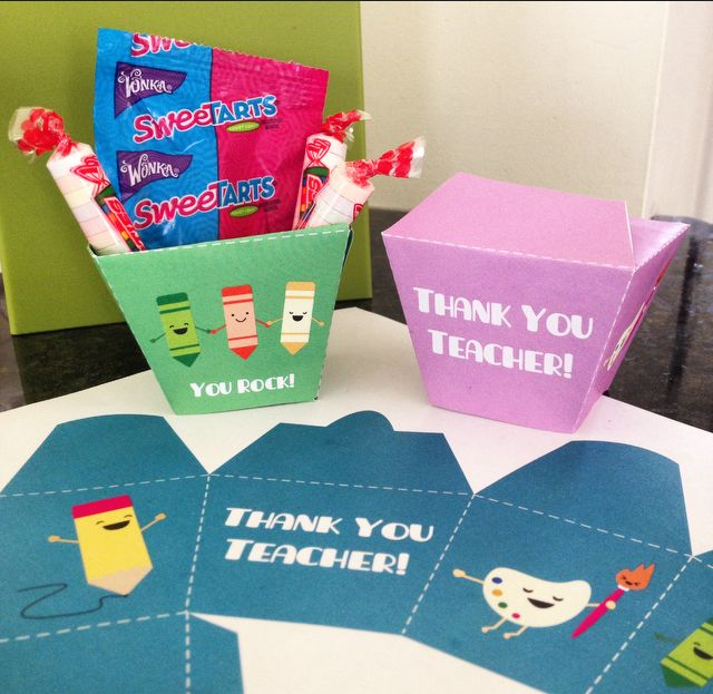 Free printable DIY takeout boxes. Wrap up some sweet goodies for your teacher in...