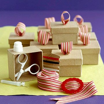 Turn+pint-size+papier-mache+boxes+into+something+special+with+a+simple+ribbon+to...