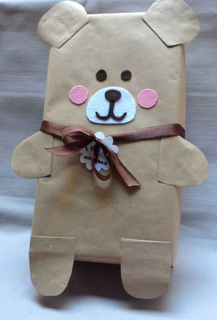 Shoebox Bear Gift Wrap- such a cute idea. would be perfect for a baby shower or ...
