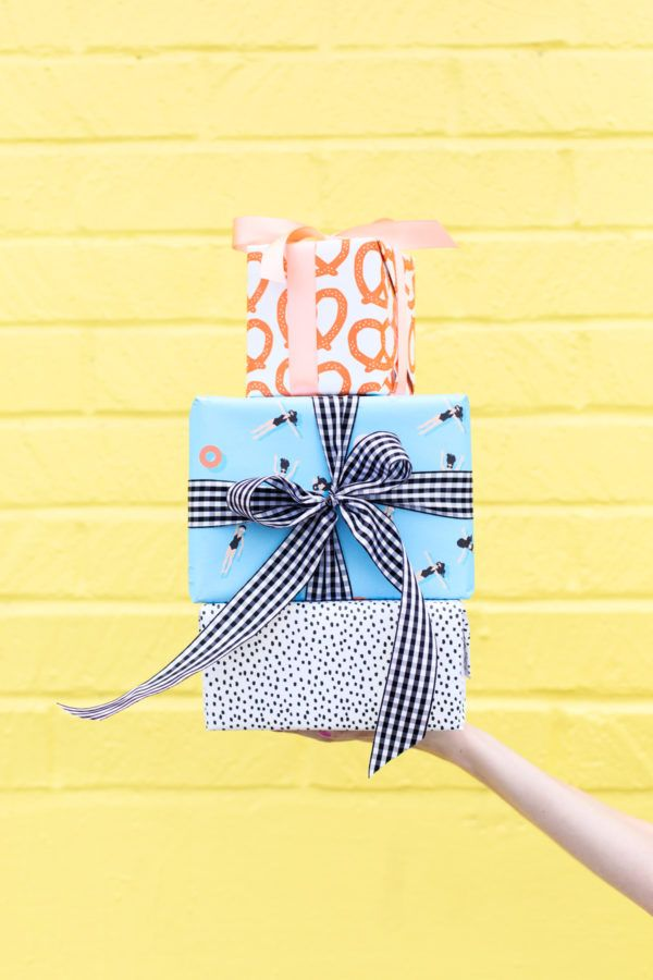Six Awesome Birthday Gift Wrap Pairings | studiodiy.com