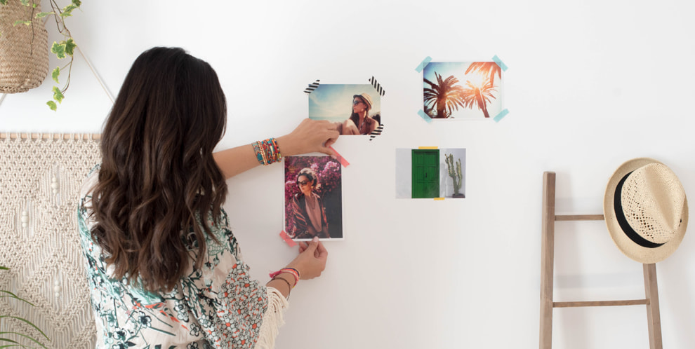 decorate walls with photos