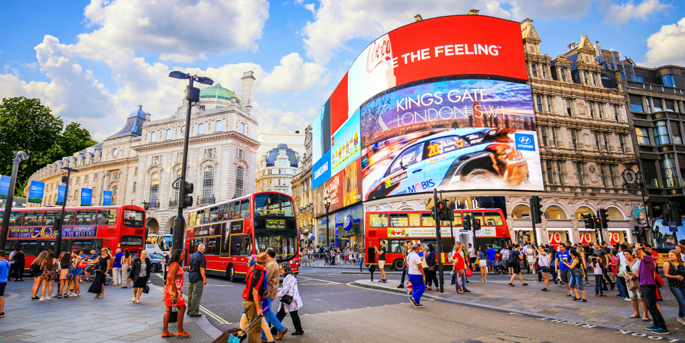 photos in london - picadilly